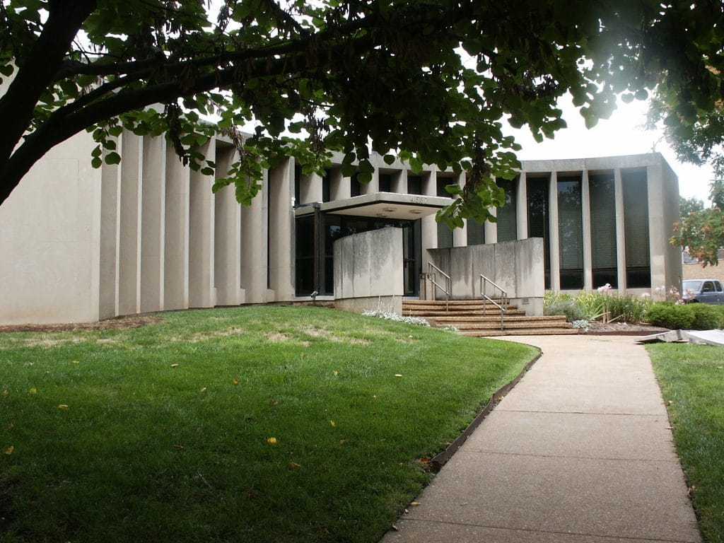 Archives building in St. Louis, dedicated in 2003, a redesigned former public library (at top with introduction)
