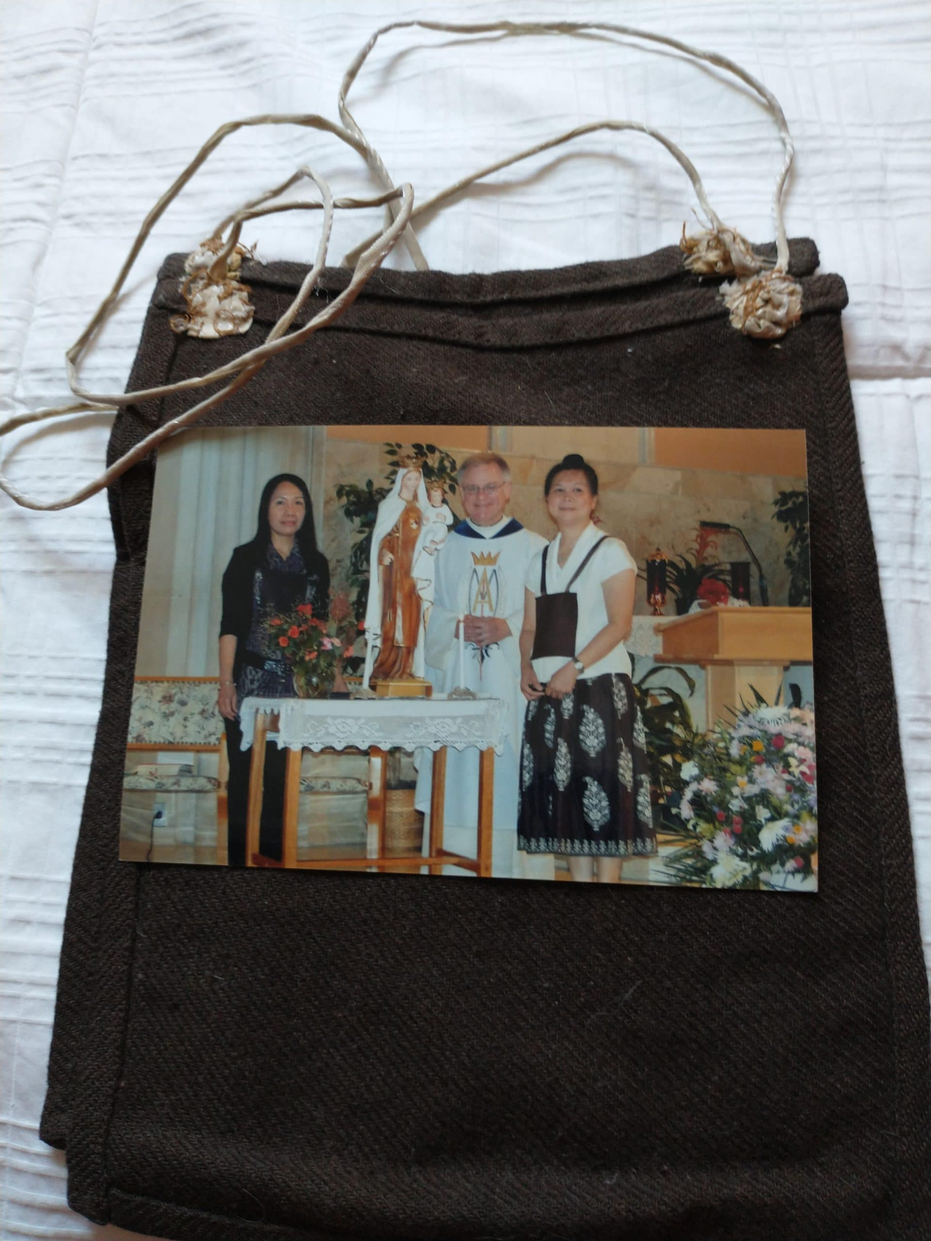 Secular Order of Discalced Carmelites; inductees and the brown scapular they receive and wear, Sacred Heart Church, 2019